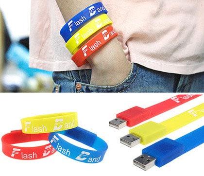 cle-usb-bracelet