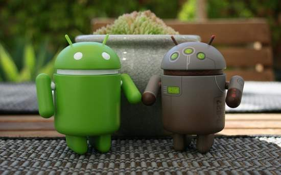 android-couple